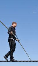 Nik Wallenda to Walk Across Niagara Falls June 15