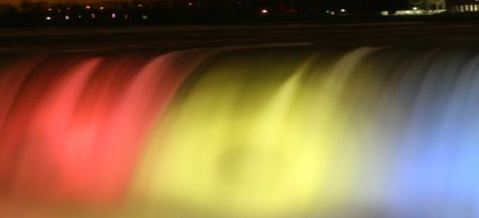 Colourful Niagara Falls by 1 day tour from Toronto